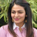 Neeru Bajwa cute