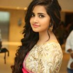 Anupama Parameswaran Editing Photos