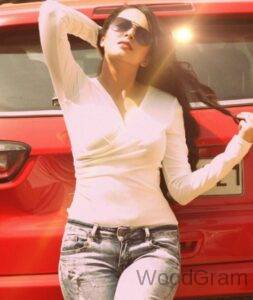 Hot Shrenu Parikh