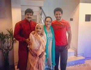 Aditya Narayan Family - Father, Mother, And Grandmother