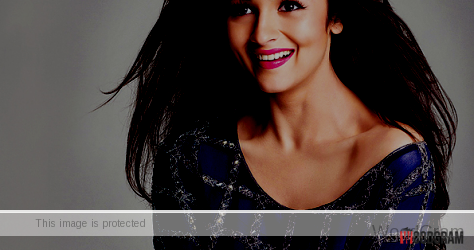 Alia Bhatt cute smile