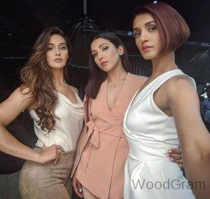 Neeti Mohan With Her Sisters