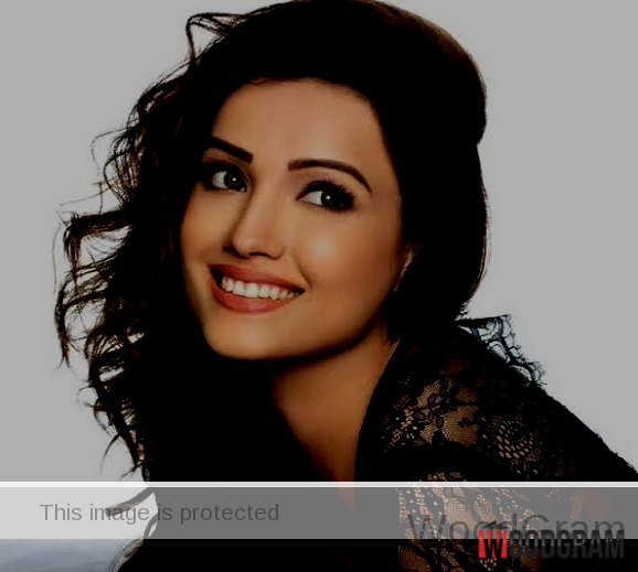 images of adaa khan