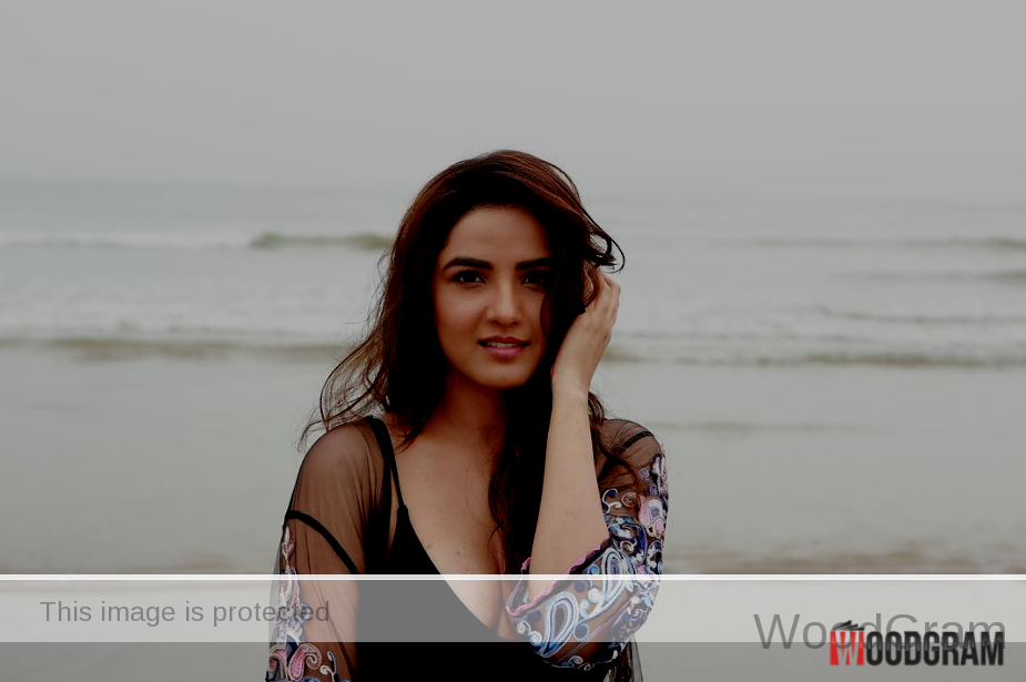 jasmin bhasin photo