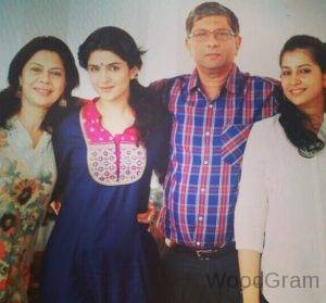 Deeksha Seth Family - Parents And Sister