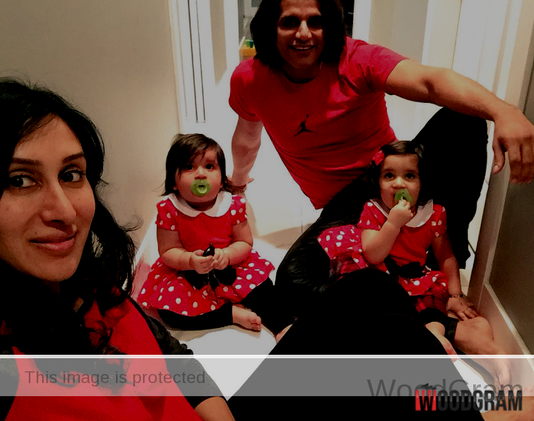 Karanvir Bohra With Wife And Little Twins Daughters