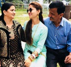 Rubina Dilaik With Her Parents
