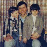 Lyle And Erik Menendez With Their Father