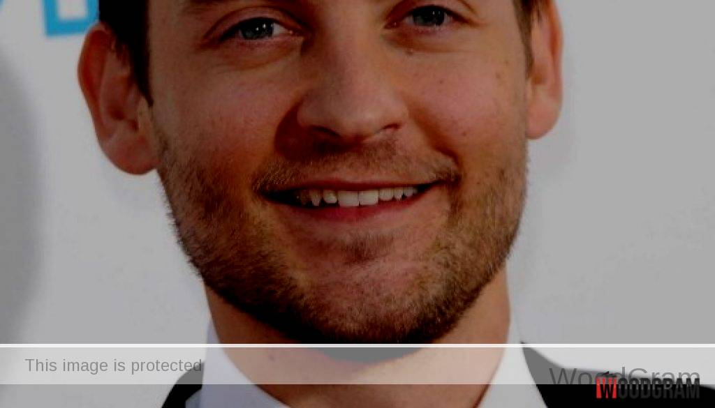 Tobey Maguire Movies, Net Worth, Age, Meme, Height - WoodGram
