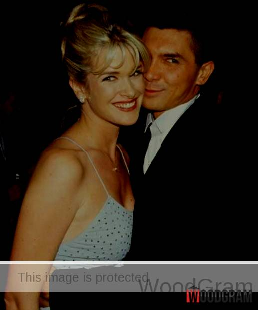 Lou Diamond Phillips And Kelly Phillips Hd Images
