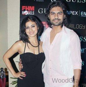 Mouni-Roy-With-Gaurav-Chopra