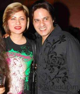 Rahul Roy Wife Images