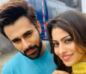 Aparna Dixit With Pearl V Puri