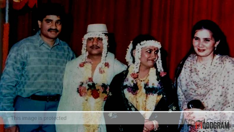 Chhota Rajan And His Wife With Dawood And His Wife