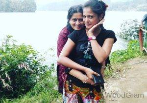Gulki Joshi With Her Mother