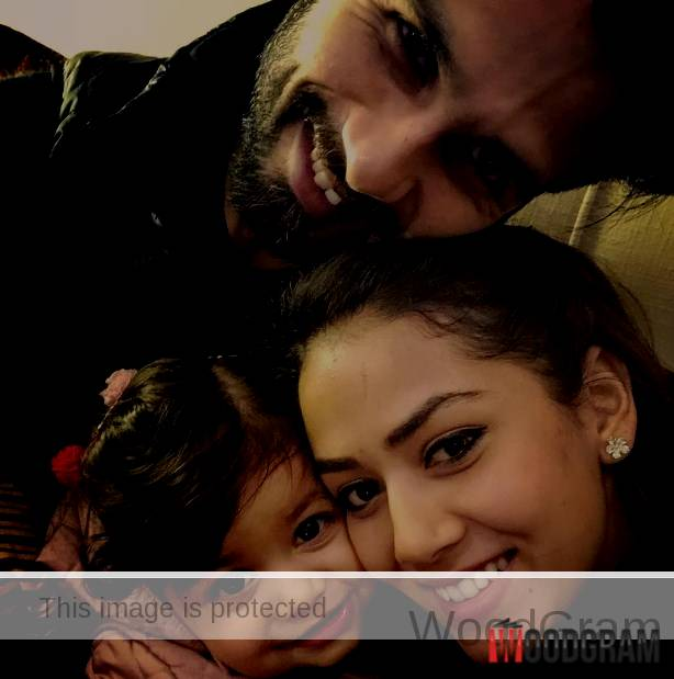 Mira Rajput With Husband Shahid Kapoor And Daughter (Baby) Misha Kapoor
