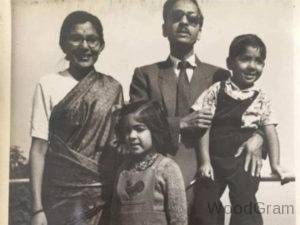 Neena-Gupta-Childhood-Image-With-Parents