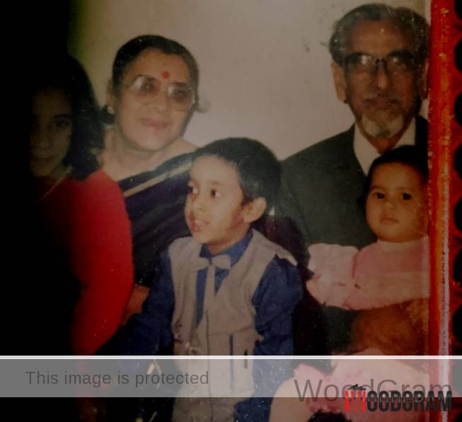 Nikhita Gandhi Childhood Image With Grandparents