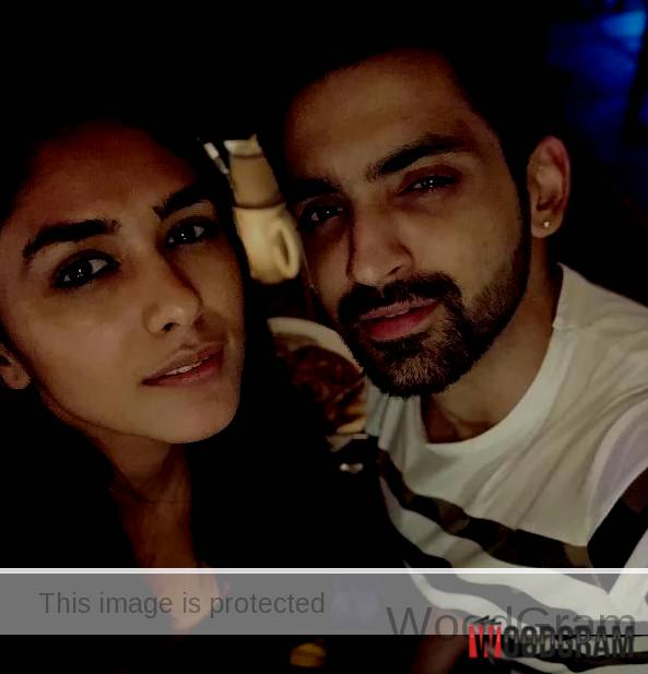 Arjit Taneja Girlfriend Mrunal Thakur