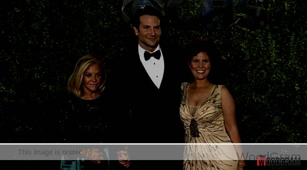 Bradley Charles Cooper With His Mother And Sister