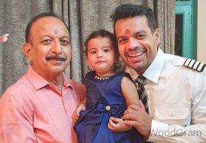 Gaurav Taneja With His Father And Daughter