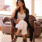 Mrunal Panchal Hot Images