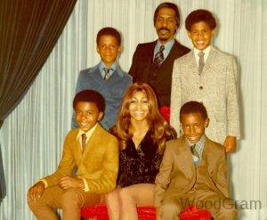 Tina Turner With Husband Ike Turner And Children