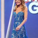 Vanna White Hot