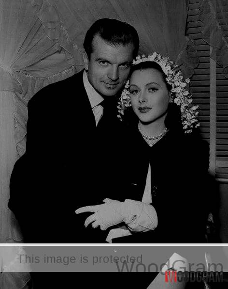 Hedy Lamarr With Her Husband John Loder