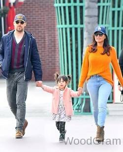 Ryan Gosling Wife And Daughter