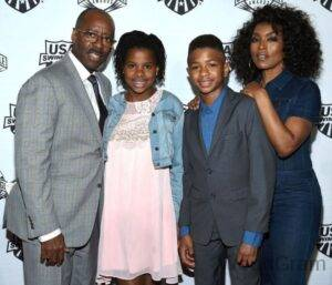 Angela Bassett Husband And Kids