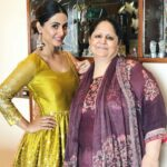 Hina Khan With Her Mother