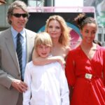 Michelle Pfeiffer With Her Husband And Children