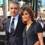 Rowan Atkinson With His Wife
