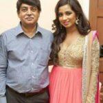 Shreya Ghoshal Father