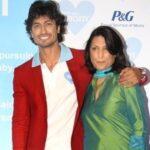 Vidyut Jammwal Mother