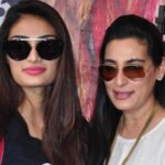 Athiya Shetty Mother