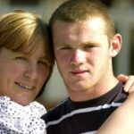 Wayne Rooney With His Mother
